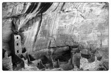 Cliff Dwelling in Mesa Verde-2