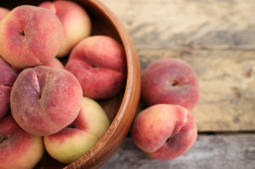 peach-3314679_1280